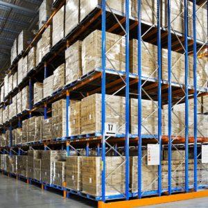 貨架及儲物櫃